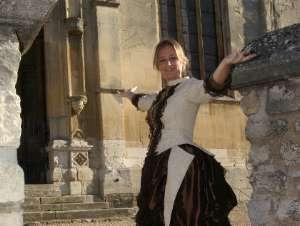 MB Vieillard en costume